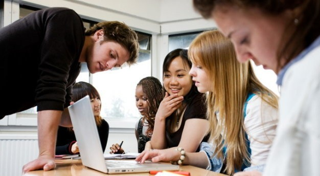 Sinh viên du học Mỹ hòa nhập trong môi trường mới