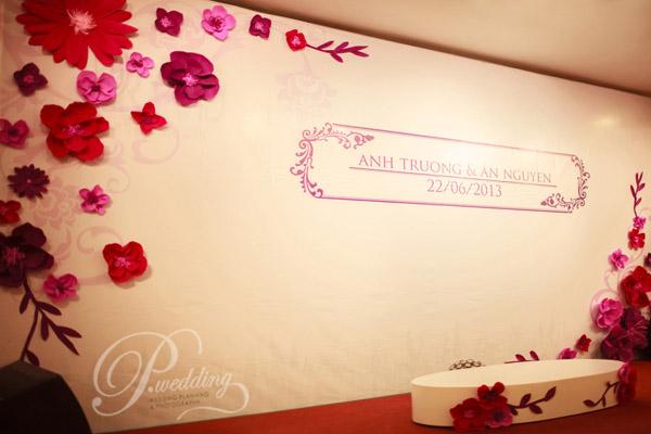 Background trong trang trí tiệc cưới